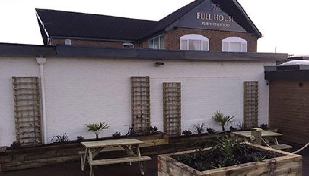 Full House Pub Beer Garden